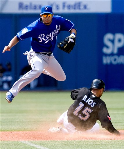 132299_APTOPIX_Royals_Blue_Jays_Baseball.jpg