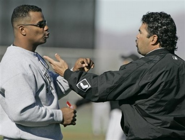 ozzie-guillen-kenny-williams.jpg